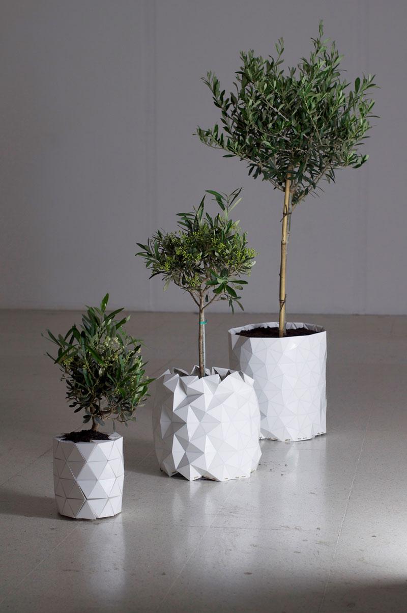 Studio-Ayaskan-Growth-Origami-Planter1